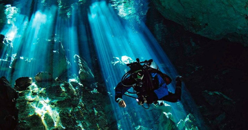 Cenote diver   © jhovani_serralta / Pixabay