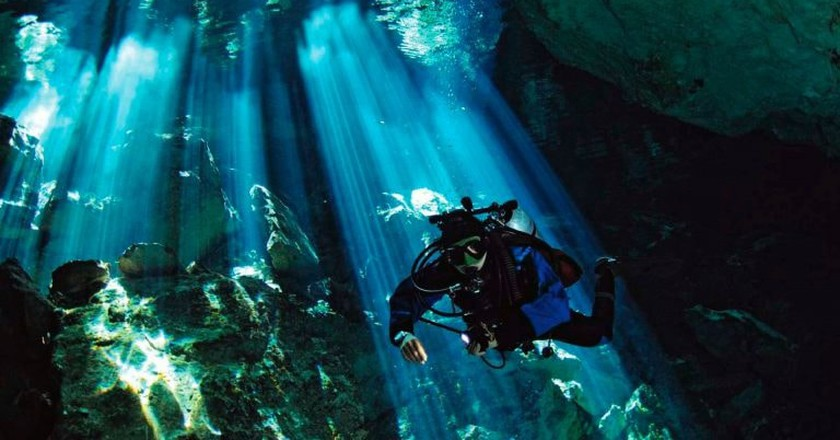 Cenote diver | © jhovani_serralta / Pixabay