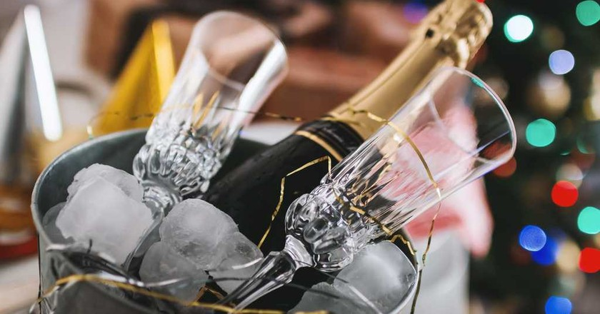 France and champagne go hand in hand   © JEShoots/Unsplash