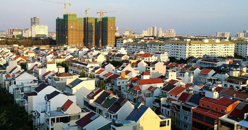 Luxury homes in District 7   © trungydang/WikiCommons