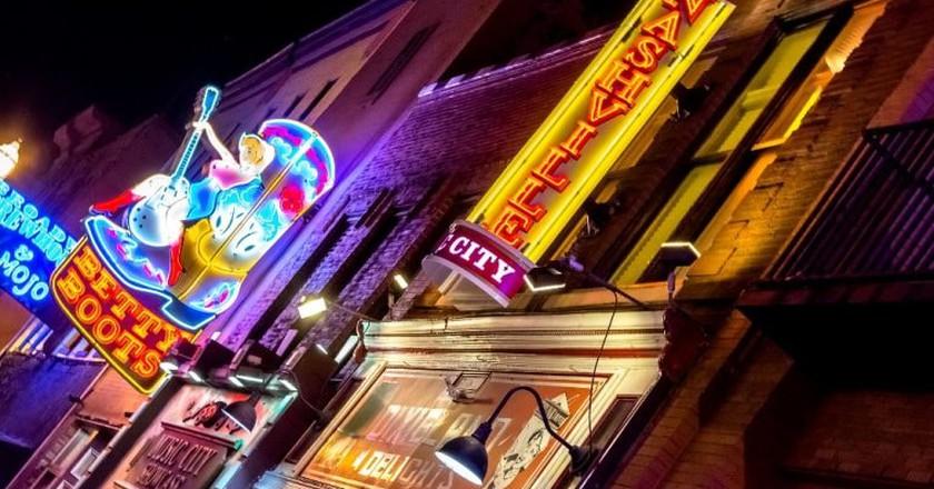Downtown Nashville | © dconvertini/Flickr