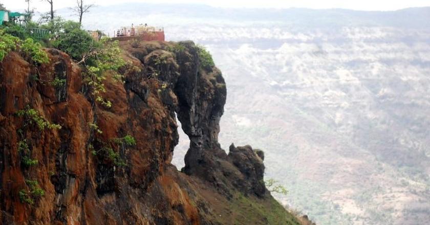 Needle Hole Point, Mahabaleshwar | © Rishabh Tatiraju/WikiCommons