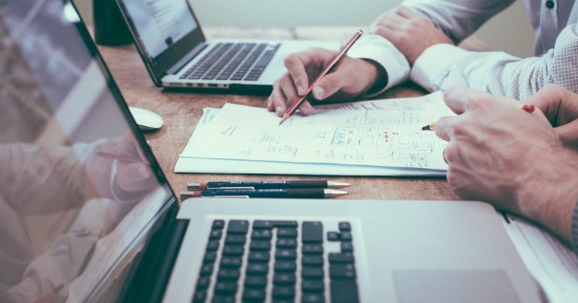 Hackathons see teams of people take on big problems | © Pixabay
