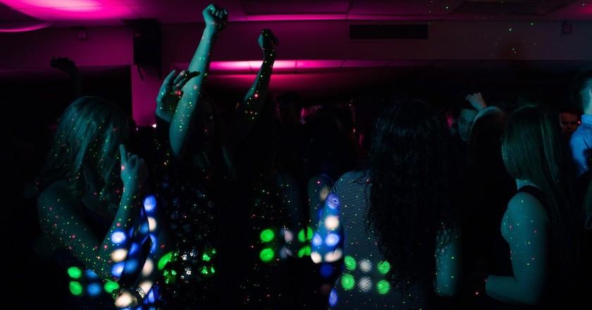 Nightlife   © Trinity Kubassek / Pexels