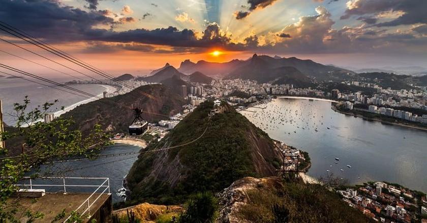Guanabara Bay from the Sugarloaf Mountain | ©Rodrigosilvestri/Wikimedia Commons