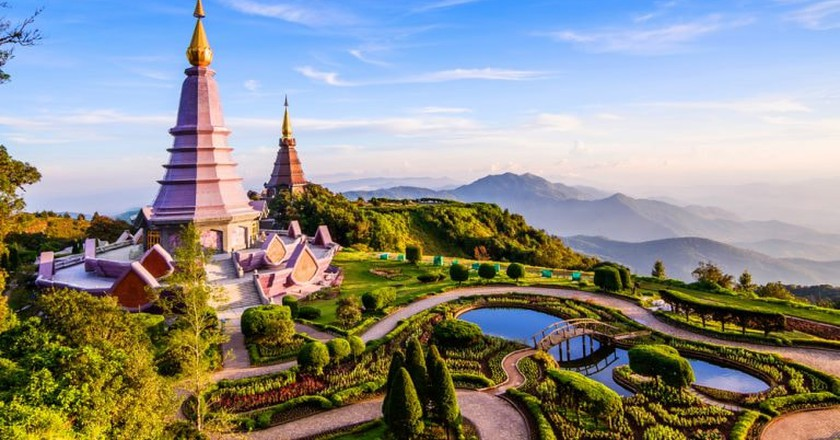 Inthanon mountain, Chiang Mai, Thailand | © Take Photo/Shutterstock