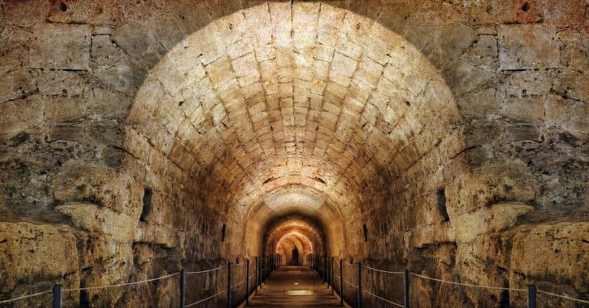 The Templars' Tunnel in the Old City of Akko (Acre)   © Protasov AN / Shutterstock