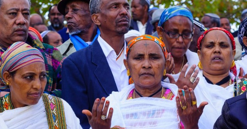 Ethiopian Jewish prayers at the Sigd in Jerusalem, Israel, 2015. The Sigd is an annual holiday of the Ethiopian Jewry | © RnDmS / Shutterstock