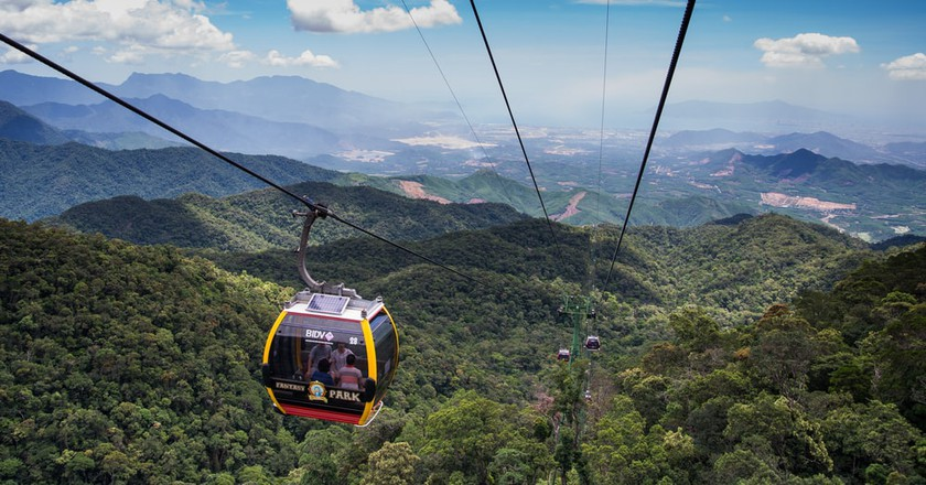 A Guide To Riding The Ba Na Cable Car, Vietnam