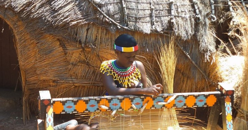 Expert thatching is common in vernacular African architecture   © DelphineCourtes / Pixabay