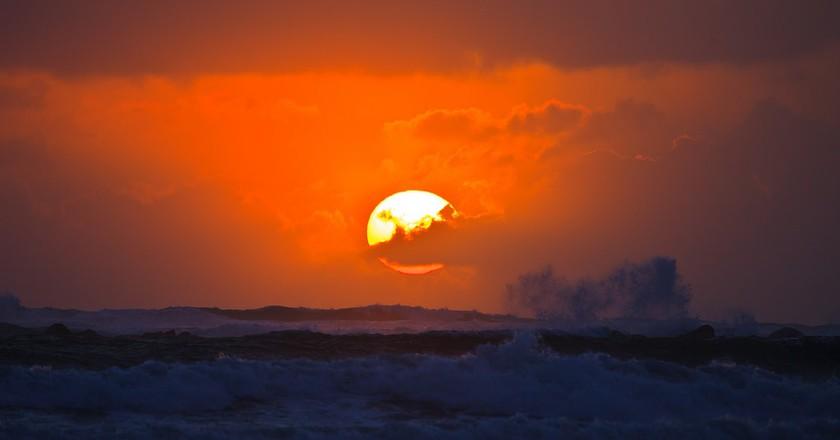 Sunset Surf | © Murray Foubister / Flickr