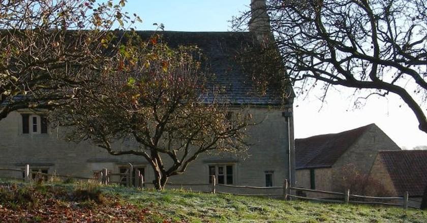 Woolsthorpe House, Newton's apple tree | © National Trust