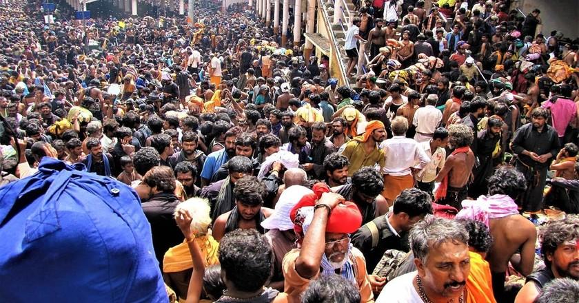 Sabarimala Temple witnesses 45-50mn devotees every year   © Avsnarayan / WikiCommons