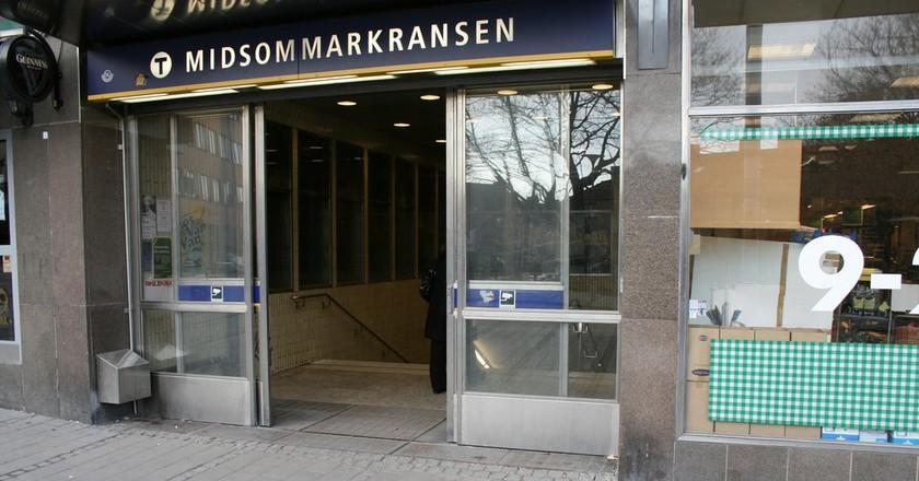Midsommarkransen is easy to reach by metro   © David Hall / Flickr