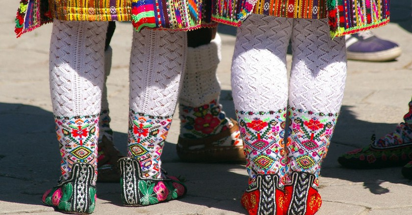 Bulgarian folk costumes | © Donald Judge/Flickr