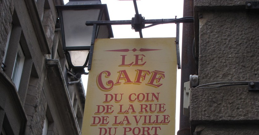 Cafes in Saint-Malo | © sgustin78/Flickr