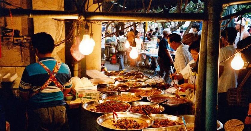 Street restaurant in Bangkok   © Oleg Sidorenko / Flickr