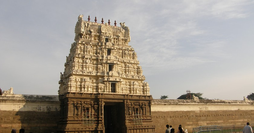 The famous 16th century Hindu Temple located within the Vellore Fort | © BBalaji/Flickr