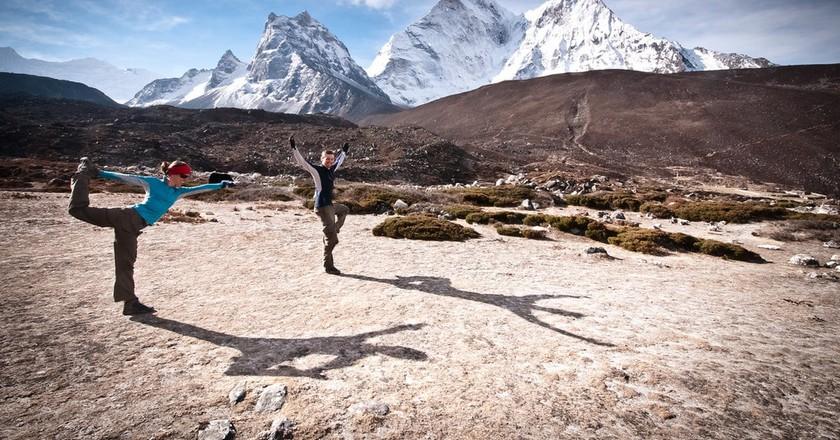 Yoga trekking in Nepal | © Ryan Smith/Flickr