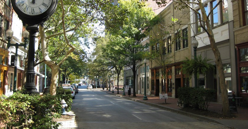 The Coolest Neighborhoods in Charleston, West Virginia