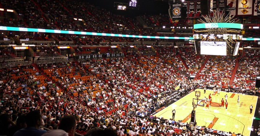 Miami Heat playing at the American Airlines Arena | © Vishpool \ Flickr
