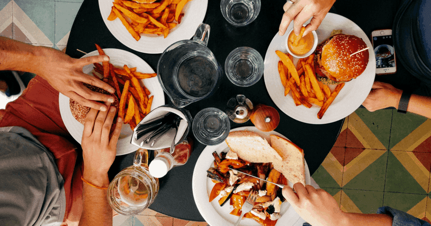 Don't let your budget keep you from enjoying delicious food | © Dan Gold / Unsplash