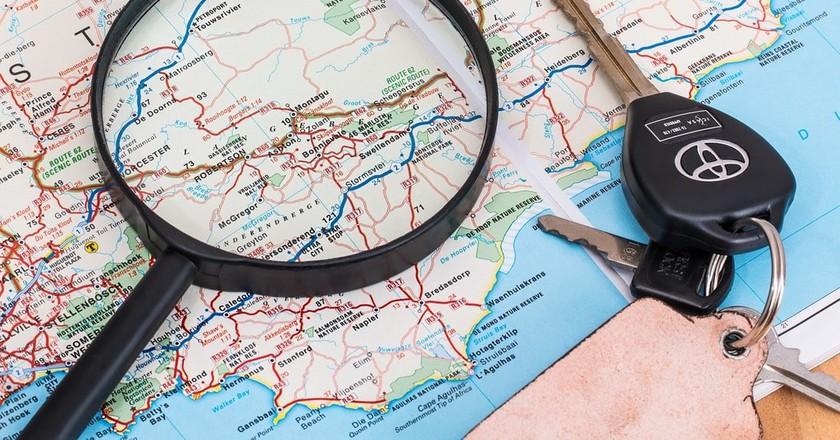 © Pixabay   https://pixabay.com/en/map-vacation-travel-driving-2789052/