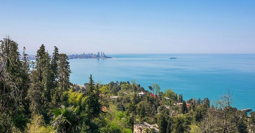 Overlooking the Batumi skyline and Mtsvane Kontskhi   © Jagermesh / WikiCommons