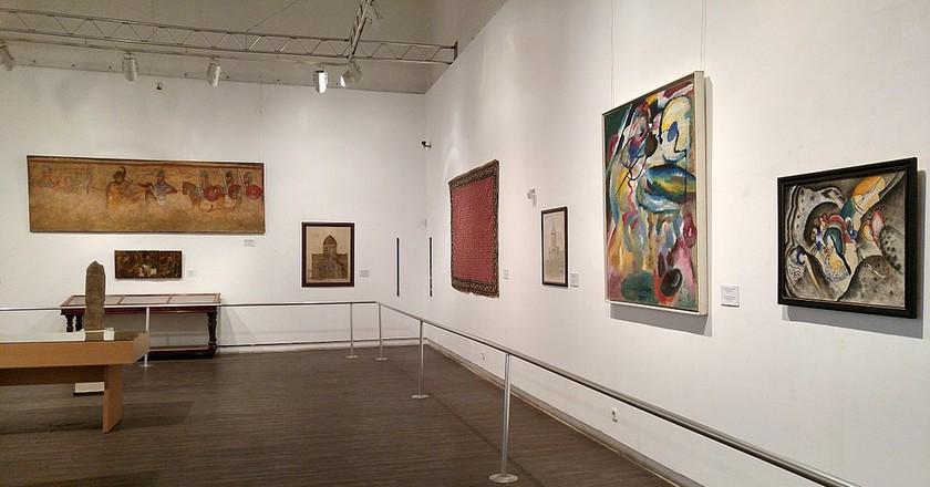 Exhibition hall at Museum of Fine Arts | © Mostafameraji / WikiCommons