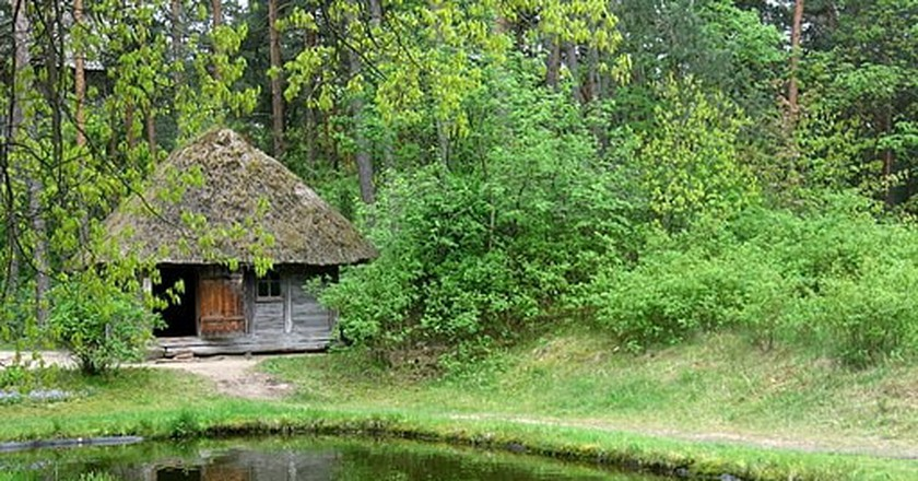 Traditional Latvian bath house | © Dezidor/Wikmedia Commons