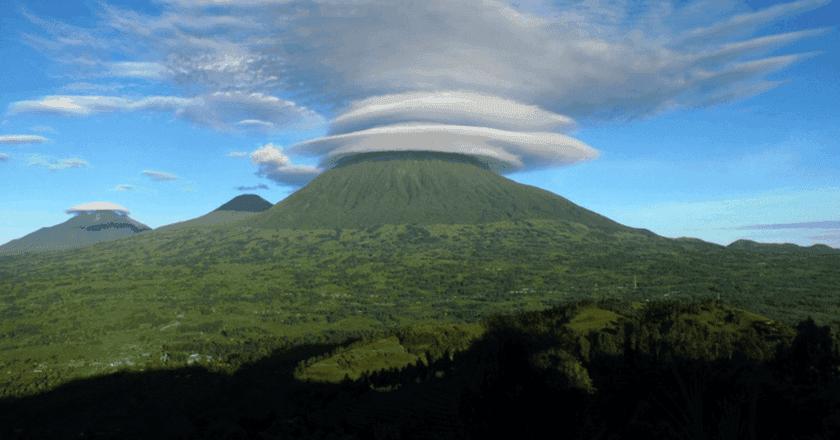 Mount Muhabura   © Unknown / Wikimedia