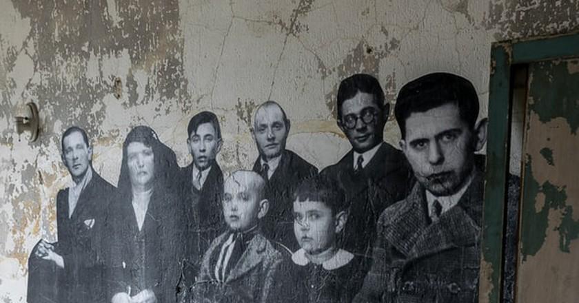 New York City Ellis Island Immigrants | © legacy1995/Shutterstock