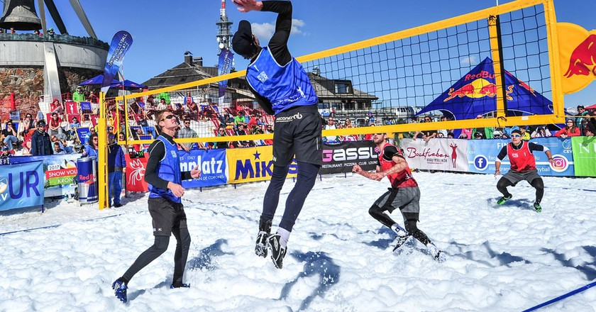 A snow volleyball exhibition will be held at the 2018 Winter Olympics in Pyeongchang, South Korea | © FIVB