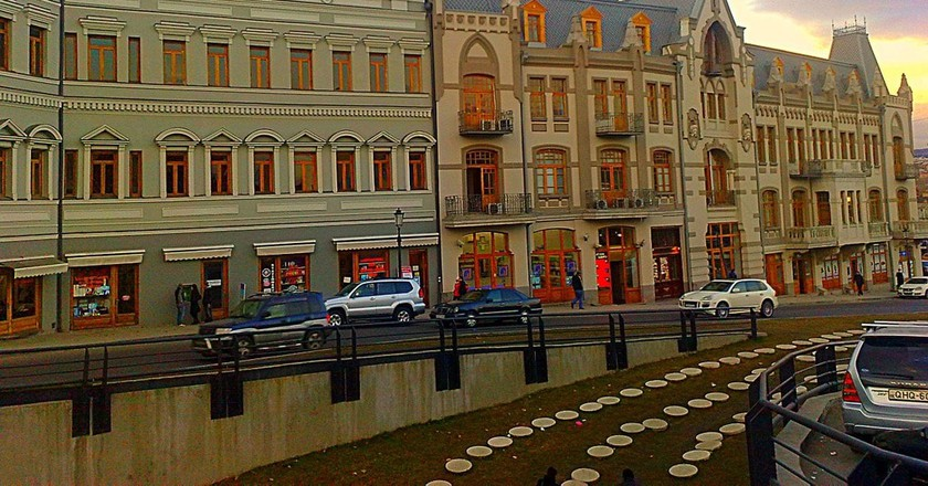 Discover Tbilisi on foot | © maxbenidze/Pixabay