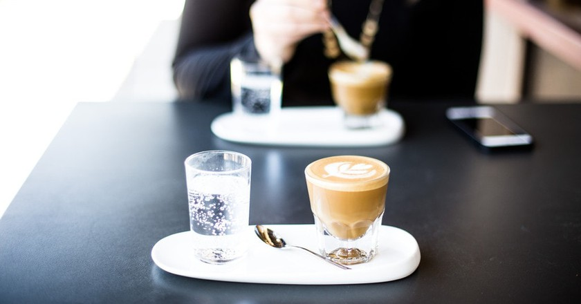 Coffee date | © Tim Wright/Unsplash