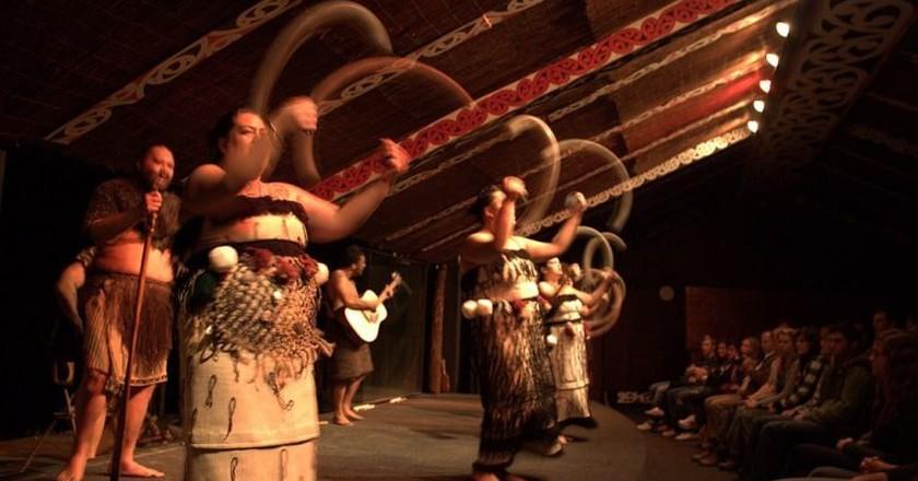 Maori poi demonstration