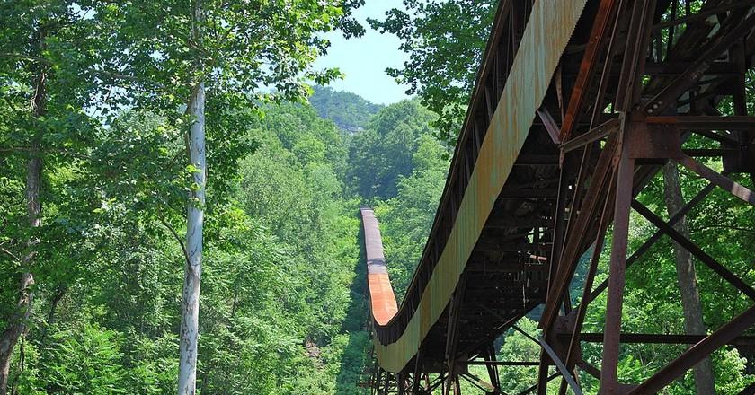 Nutallburg WV - Mine Conveyor | © Brian M. Powell / WikiCommons