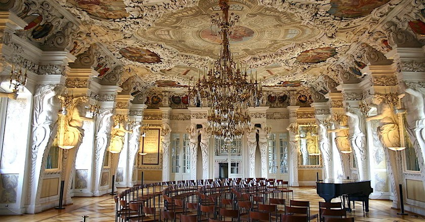 Hall of Giants in Ehrenburg Palace
