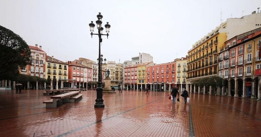 Burgos' Plaza Mayor in the rain