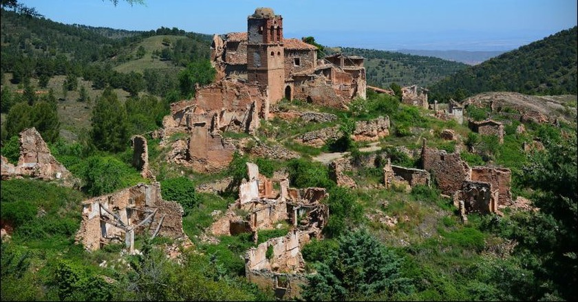 Visit La Rioja region of Spain