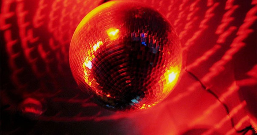 disco ball │© ladyb / flickr