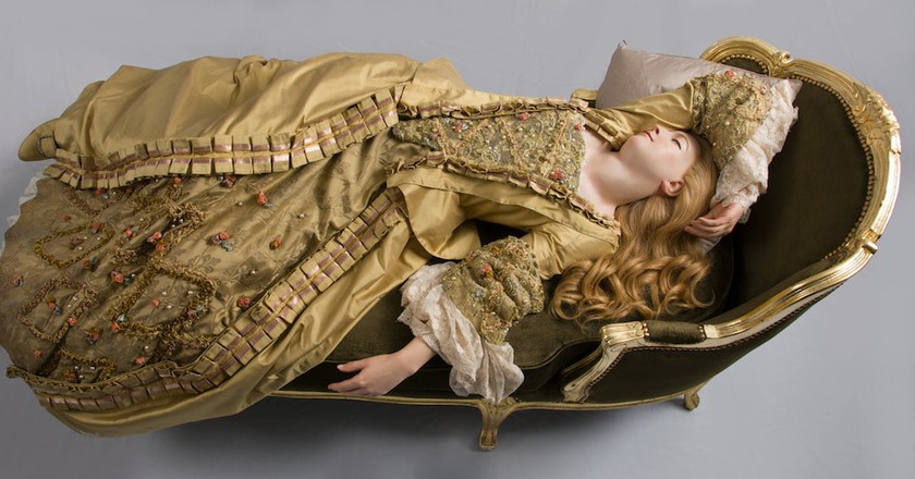 Philippe Curtius, Sleeping Beauty 1989, after 1765 original   Madame Tussauds, London.
