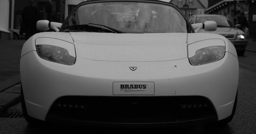 Tesla Roadster spotted in Reykjavik | © Vestmann/Flickr