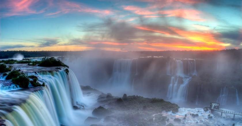Foz do Iguaçu waterfalls at sunset