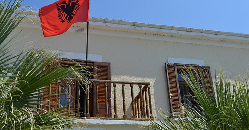 Albanian Flag| ©Klesta/Flickr