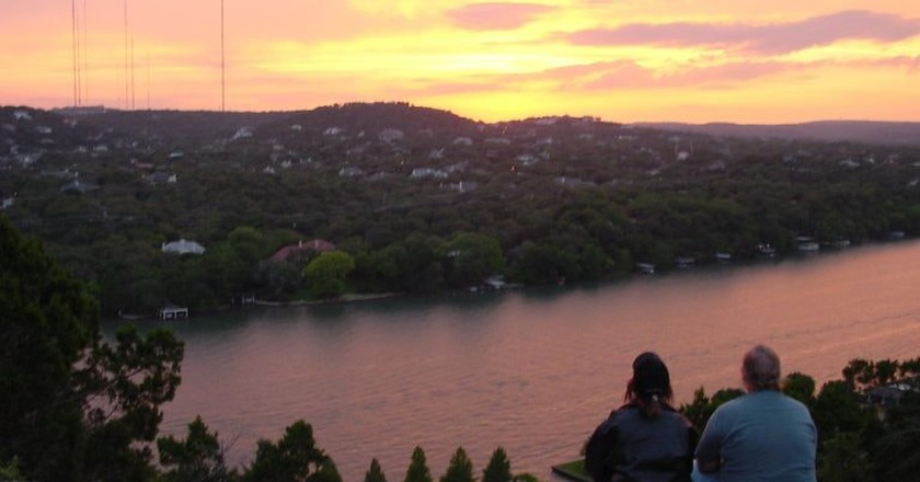 Mount Bonnell Sunset | © Enoch Lai / WikiCommons