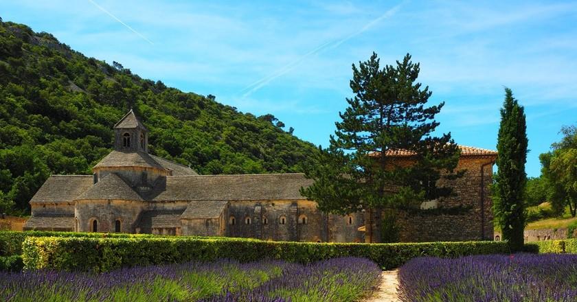 Lavender fields at Abbaye de Sénanque | © Hans / Pixabay
