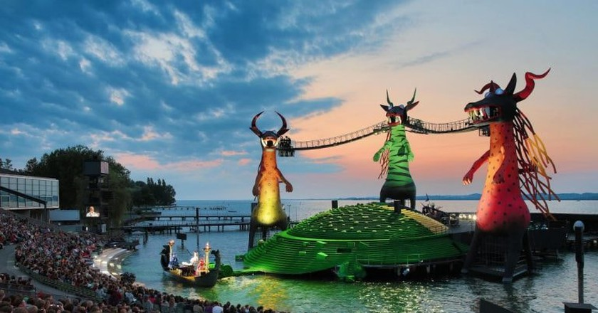 The glorious floating stage at sundown