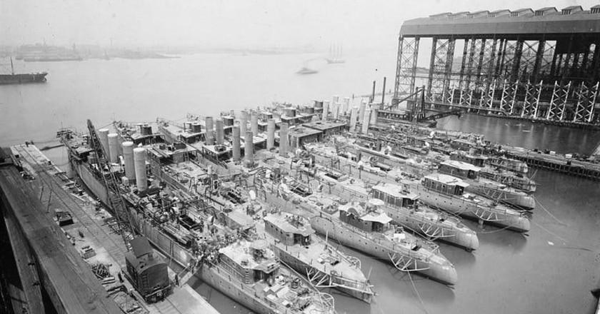Destroyers being built in Camden in 1919