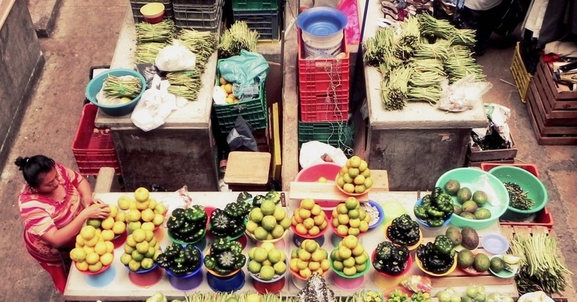 Fruits and vegetables on sale in a Mérida market | © Razi Machay / Flickr